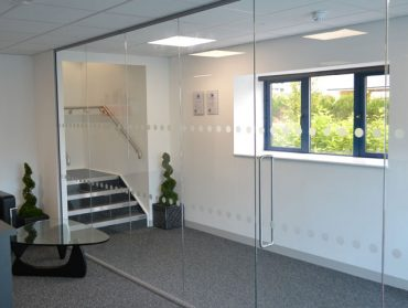 Frameless Glazed Entrance Lobby